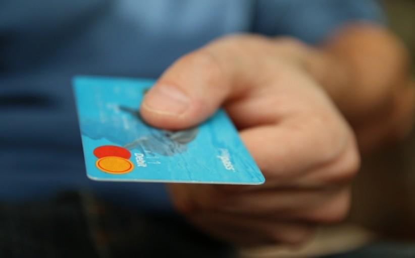 Bankai švęs septynias paras – jų klientams teks paplušėti