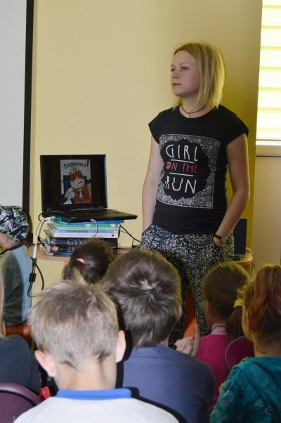 Bibliotekoje lankėsi populiari vaikų rašytoja Lina Žutautė