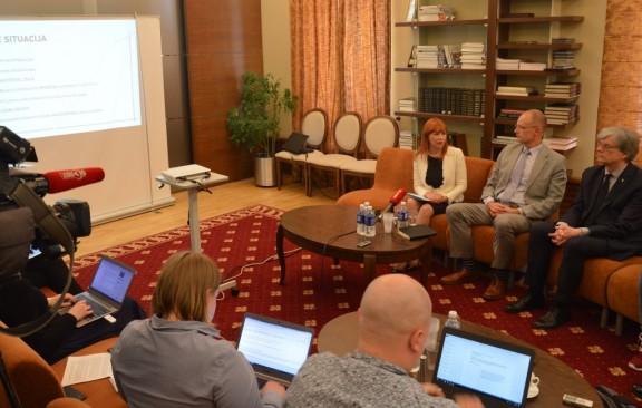 """J. Petrauskienė: """"Visos reformos tikslas – vertę teikiantis diplomas"""""""