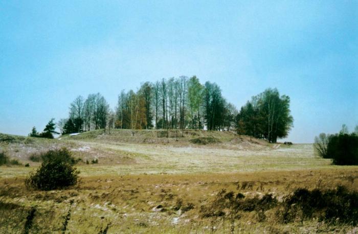 Pasirašyta sutartis dėl Kupiškio, Aukštupėnų piliakalnio archeologinių kasinėjimų