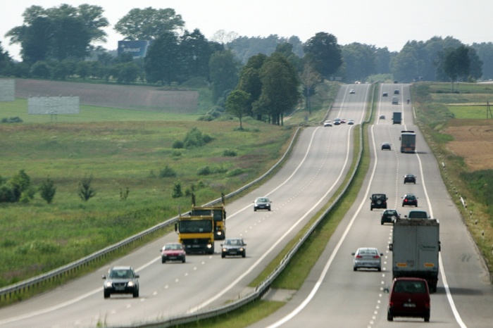 """Po audito už šiurkščius pažeidimus darbo neteko trys VĮ """"Utenos regiono keliai"""" darbuotojai"""