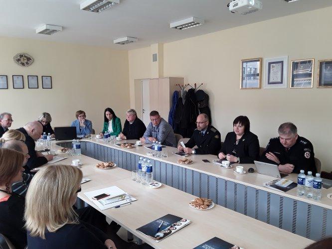 Panevėžio apylinkės teismo pirmininkė dalyvavo diskusijose apie teisininkų poreikį regione