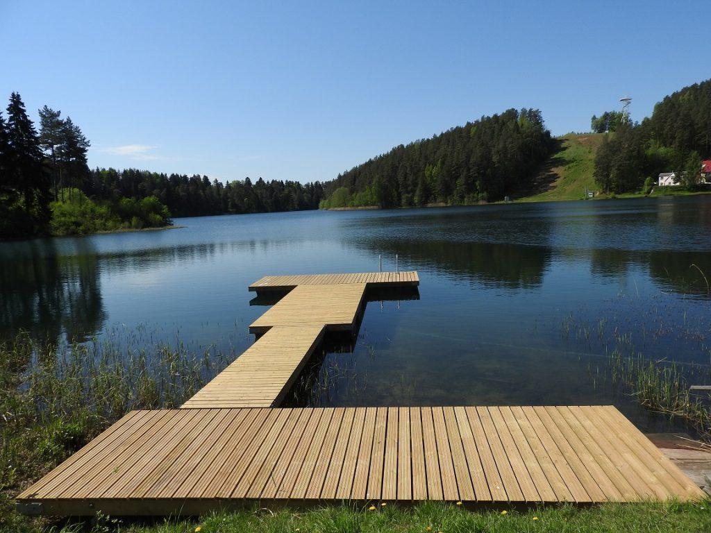 Naujas lieptas kviečia džiaugtis vasara ir nuostabiais gamtos vaizdais