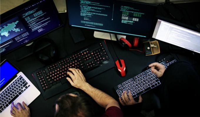 Kodėl visada verta pagalvoti apie atnaujinto (angl. refurbished) kompiuterio pirkimą?
